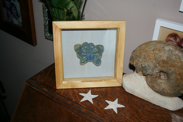 CUSTOM ORDER TO DO NOT BUY Wooden picture frame with handmade ceramic Butterfly