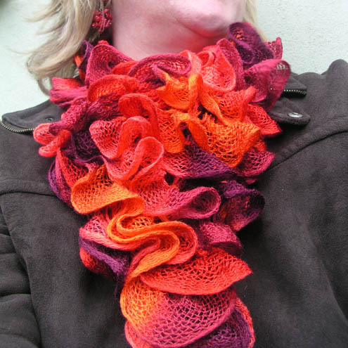 Can Can Hand-knitted Neck Warmer in Rico