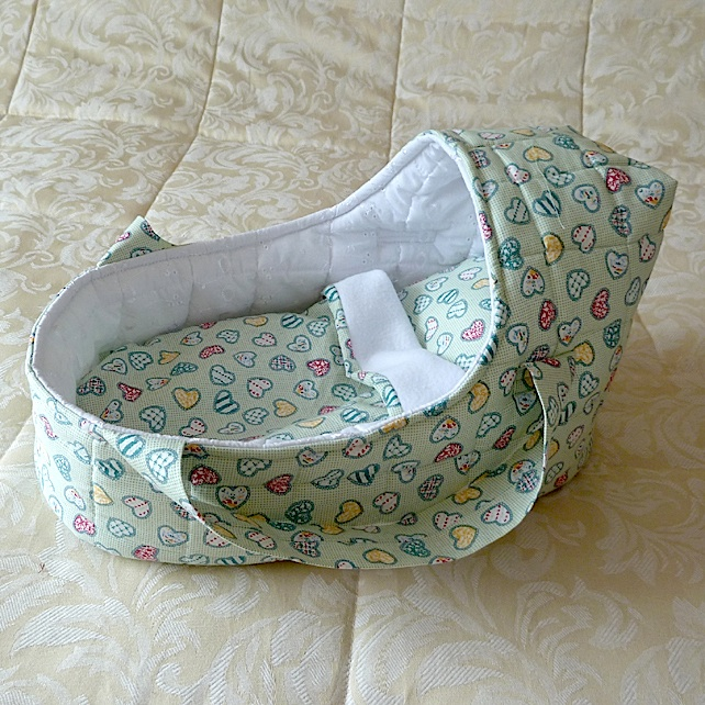 Doll's Carrycot suitable for doll 35cms