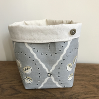 Fabric basket in Vanessa Arbuthnott linen