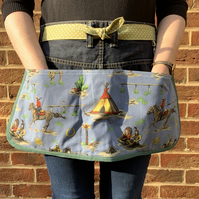 Garden apron from recycled jeans