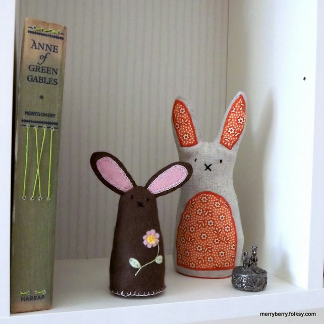 Felt Rabbit Brown