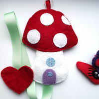 Toadstool Hair Clip Holder