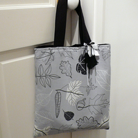 Leaf print cotton tote bag with felt leaf detail