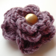 Lilac merino wool flower brooch