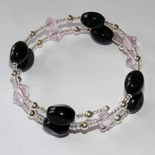 Memory Wire Bracelet - Black and pink