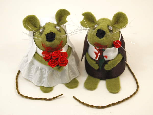 FREE SHIPPING Zombie Mouse wedding cake topper