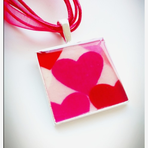 'Hearty', Handmade Resin & Fabric Pendant Necklace