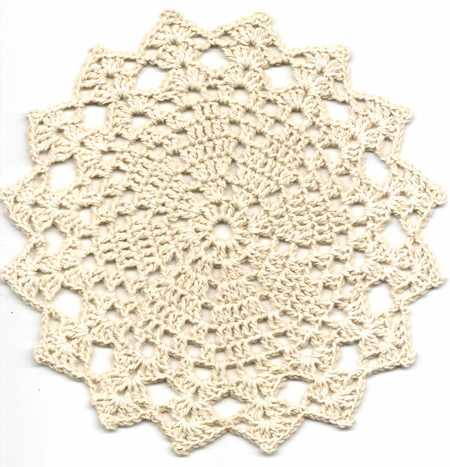 Crochet Doilies Small Cotton Doily Wedding Decor Table Centerpiece Cream Rustic