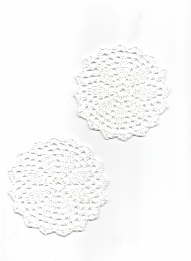 Set Of 2 Crochet Doilies Cotton Doily Wedding Decor Table Centerpiece White Mini