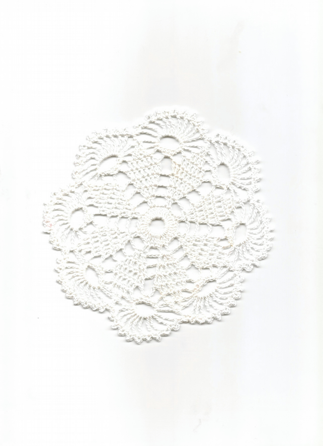 Crochet Doilies Cotton Doily Wedding Decor Table Centerpiece White Snowflake