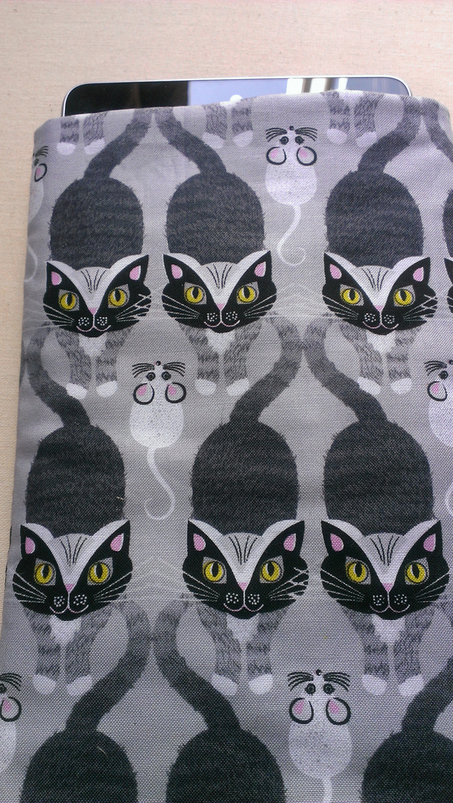 Sale - Grey Cat Tablet Sleeve For Kindle Nexus or Similar