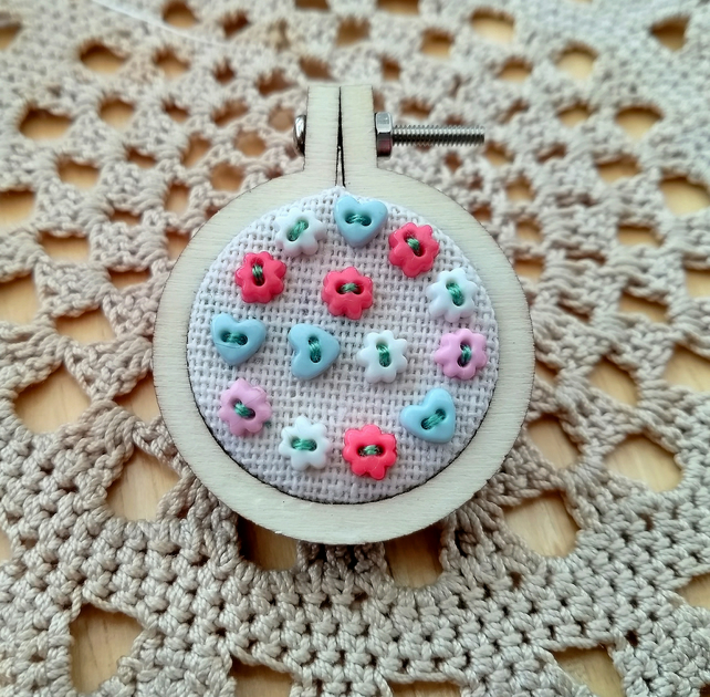 Mini Hearts & Flowers Embroidery Hoop Brooch