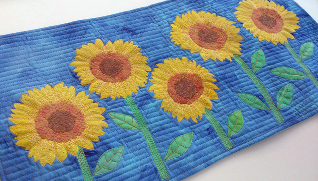 Sunflower Art Quilt PAPER PATTERN by Quilt Routes