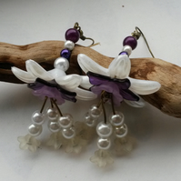 Earrings White Flower