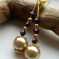 Earrings Wyre in Purple and Cream