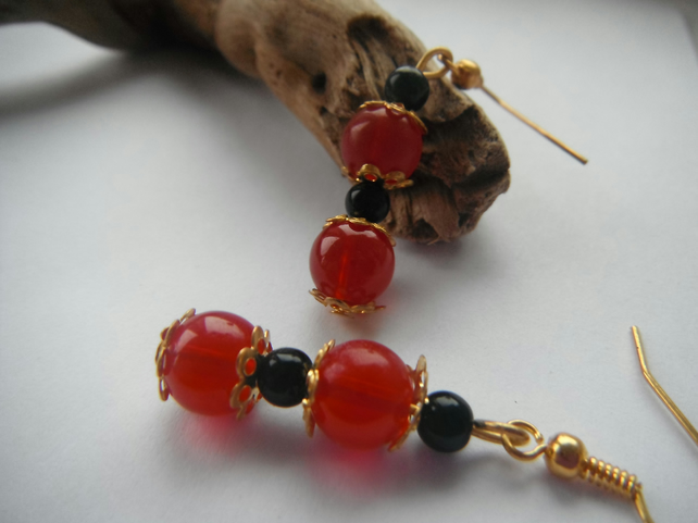 Earrings - bold in red n black