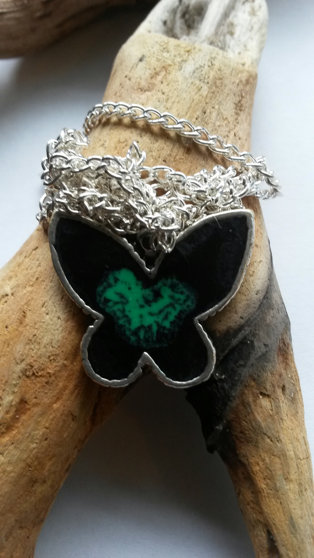 Necklace Butterfly in Black and Green