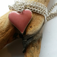 Necklace Hark the heart