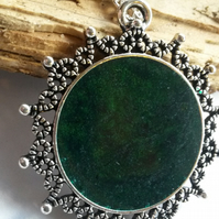 Necklace Depth of Green