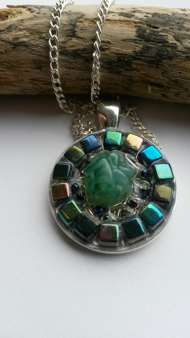 Necklace Within the green spectrum