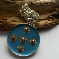 Necklace Five Studs