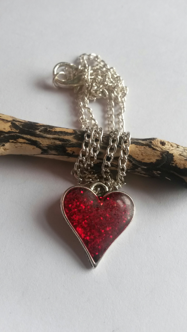 Necklace Red Glitter Heart