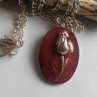 Necklace Tudor Red Tulip