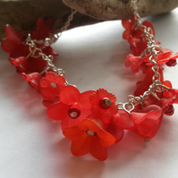 Bracelet Lucite Red Flowers
