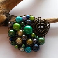 Brooch Green  Heart