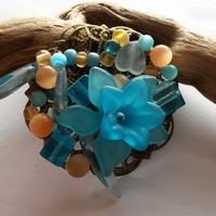 Brooch Blue Bouquet