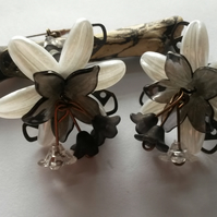 Earrings Cream and Black Lucite Flowers