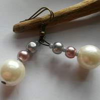 Earrings Class Act with cream and grey beads
