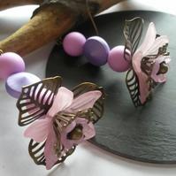 Earrings Claudia - matt pink & purple lucite flowers