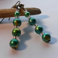 Earrings Green Droplets with iridescent green beads
