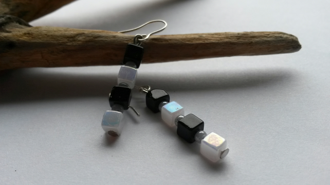 Earrings Black and white Squares.