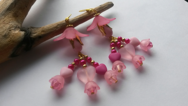 Earrings Pink hearts and flowers