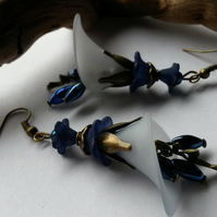 Earrings Lucite in Blue's with Fairies