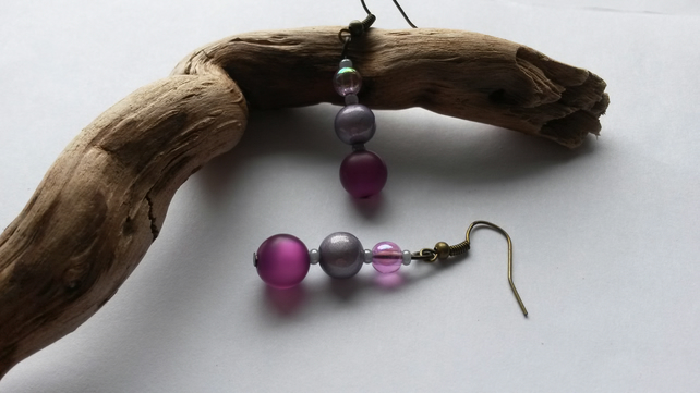Earrings Hampshire  with purple and grey beads