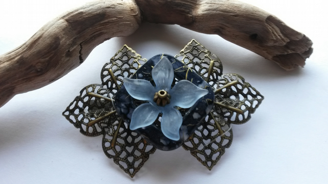 Hair Clip Blue Square and flower