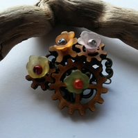 Hair clip Steampunk cogs and flowers