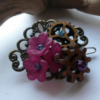 Hair clip Dark Pink and Cogs