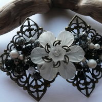 Hair Clip Black and White Flowers