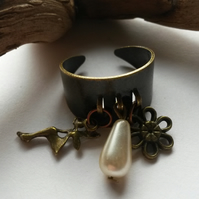 Ring fairies and flowers