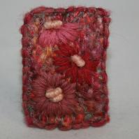 Embroidered Brooch - Pink Daisies