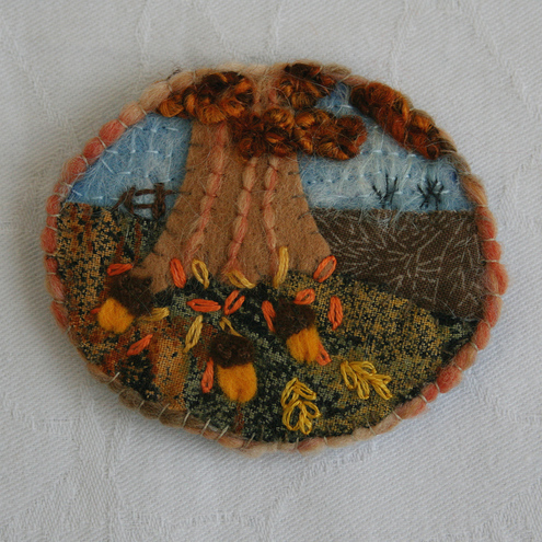 Embroidered Brooch - Golden Acorns