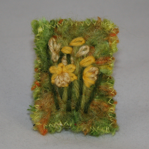 Daffodils in wool - Brooch