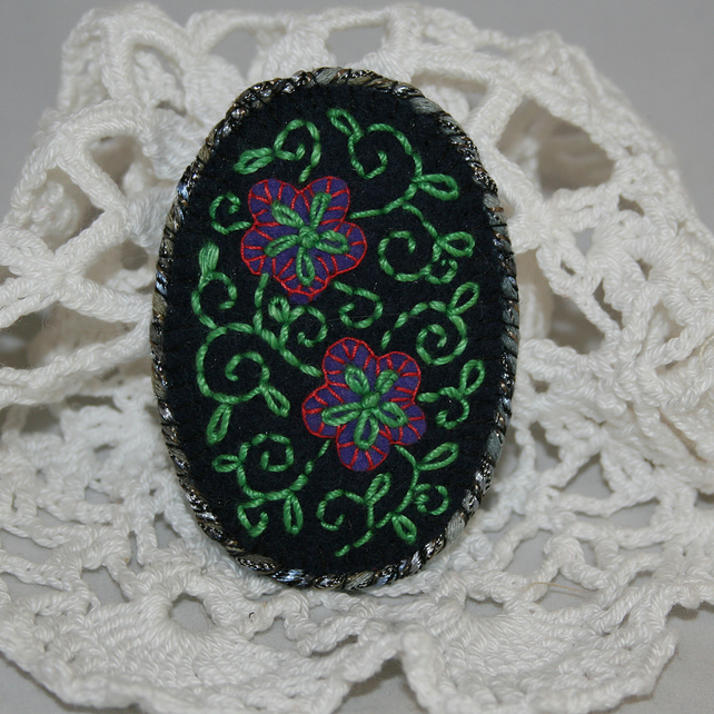 Embroidered Brooch - Filigree pattern on black