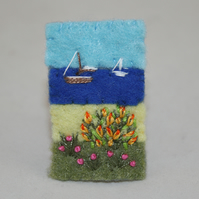 Embroidered Felt Brooch - Summer Seaside