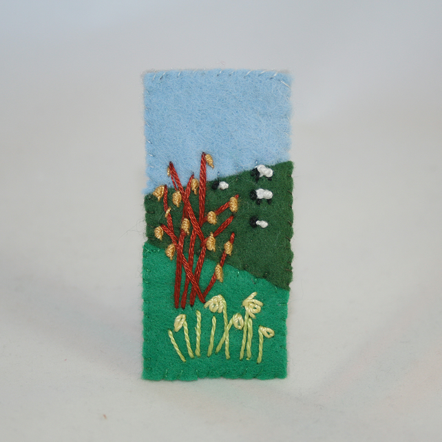 Embroidered Felt Spring Brooch - Catkins and Daffodils